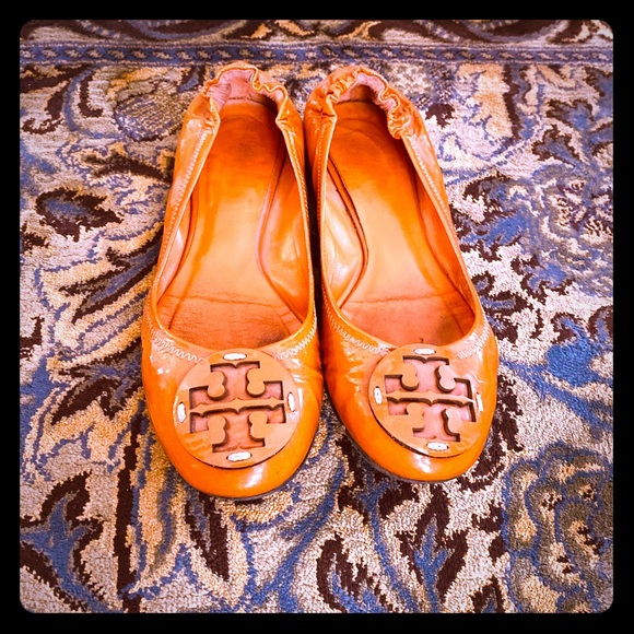 Tory Burch Shoes - Tory Burch Reva patent leather ballet flats
